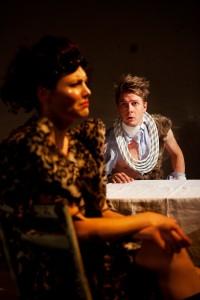 """""""Jumalainen näytelmä"""", Myllyteatteri, ohj. Miira Sippola."""
